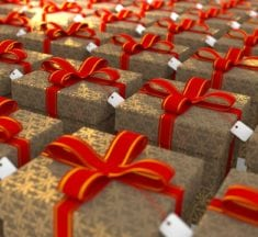 How to Use the Holiday Rush to Also Boost Sales for the New Year